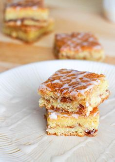 Snickerdoodle White Chocolate Blondies