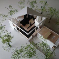 星見台と暮らすアトリエ山荘<br />リノベーション模型<br />建物の全体と内部がわかります Architecture Models, Design, Home Decor, Decoration Home, Room Decor, Architectural Models, Interior Decorating