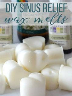 These easy DIY Sinus Relief Wax Melts are made with soothing and calming essential oils to naturally help ease your sinus pain! Informations About DIY Sinus Relief Wax Melts - Living La Vida Holoka Pi Diy Wax Melts, Scented Wax Melts, Best Wax Melts, Homemade Candles, Diy Candles, Candle Wax, Making Candles, Diy Candle Melts, Sinus Relief