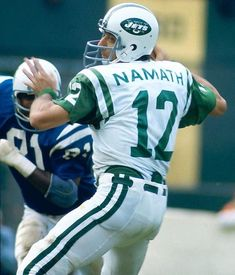 Joe Namath looks to pass during the New York Jets game against the Baltimore Colts on Sept. 1972 at Memorial Stadium in Baltimore. Nfl Football Players, Football Photos, Football And Basketball, School Football, Football Cards, Football Moms, Giants Football, Football Stuff, Football Helmets