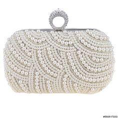 Lace Boutique // https://www.facebook.com/pages/Lace-Boutique/182918015066076?fref=ts