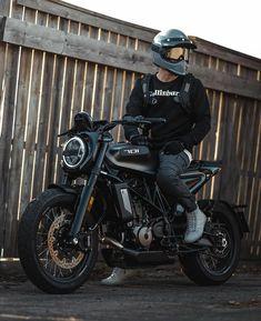 Motorcycle Gps, Scrambler Motorcycle, Motorcycle Touring, Motorcycle Quotes, Biker Photoshoot, Moto Biker, Harley Davidson, Er6n, Cafe Racing