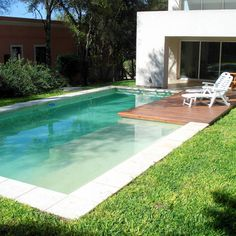 modern-pool-photos-by-piscinas-scualo-i-homify