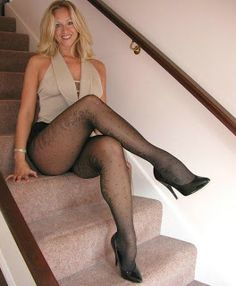 Hot Blond on the steps