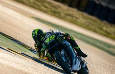 Valentino Rossi, Golf Bags, Sports, Motorbikes, Hs Sports, Sport