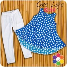 conjunto para niña blusa y leggins Babys, Outdoor Blanket, Clothes, Girls Dresses Sewing, Toddler Girl Dresses, Girl Clothing, Infant Boy Fashion, Fashion For Girls, Kid Outfits