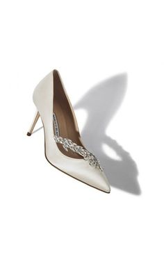 Shop our Manolo Blahnik White Satin Jewel Buckle Pumps; International delivery offered on all products. High Heels Stilettos, Women's Pumps, Stiletto Heels, Valentino Rockstud, Sergio Rossi, Giuseppe Zanotti, Jimmy Choo, Yves Saint Laurent, Christian Louboutin