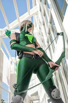 Artemis from Young Justice Cosplay. I want to do this one day.