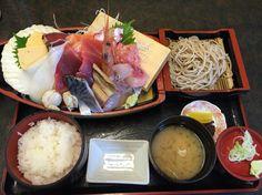横浜市場 カネセイの刺身舟盛り定食♡