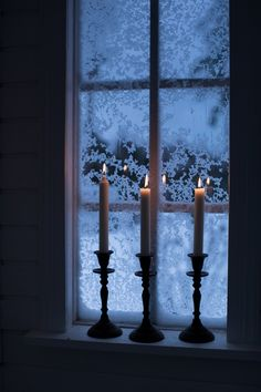 Clear Winter, I Love Winter, Winter Wonder, Magical Christmas, Christmas Mood, Cozy Aesthetic, Window View, Winter Beauty, Through The Looking Glass