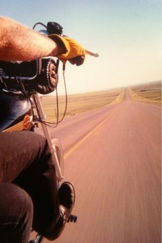 I love the perspective of this pix! I like to imagine the grimy man who is the rider!
