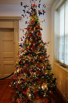 Winterthur Butterfly Christmas Tree 2012 {The Tree Topper (CC BY-NC-ND 3.0)}