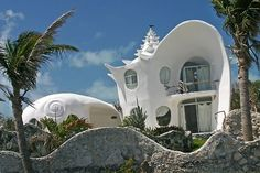 conch shell house on Isla