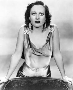 Lady Hollywood, paulettesgoddard:   Joan Crawford early 1930s