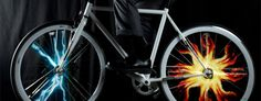 LED svetlá rozsvietia grafické tvary na kolesách bicykla http://www.uspornaziarovka.sk/forum/2015/01/15/led-svetla-rozsvietia-graficke-tvary-na-kolesach-bicykla/ http://www.uspornaziarovka.sk/forum/wp-content/uploads/2015/01/monkeyelectric1-700x274.jpg