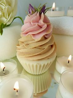 Gorgeous handmade natural cupcake soap from Botanicals range. Cupcake Cake Designs, Lace Cupcakes, Cupcake Bath Bombs, Soap Cake, Christmas Soap, Soap Carving, Soap Packaging, Cold Process Soap, Home Made Soap