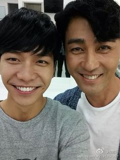 Lee Seung Gi & Cha Seung Won behind the scene You're All Surrounded drama. Cha Seung Won weibo update.