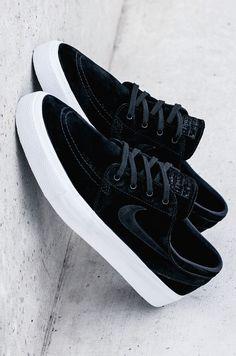 premium selection aaa8c 8b76d Nike SB Zoom Janoski HT  Black White