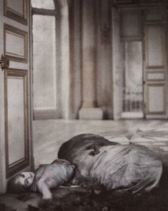 Deborah Turbeville, What Happened in Versailles?, Vogue US, December 1980