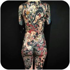 Horimono Tattoo Back Pieces ; Horimono Tattoo Back Pieces - Tattoo MAG Full Body Tattoo, Body Art Tattoos, Girl Tattoos, Backpiece Tattoo, Irezumi Tattoos, Tattoo Pain, Back Tattoo, Sexy Tattoos For Girls, Tattoos For Women