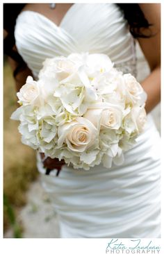 white wedding bouquet  see more inspiration @ http://www.ModernRani.com