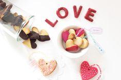 recette sucrée saint valentin / chocolat heart cookies / Artlex blog DIY Lyon / diy / Do it yourself / valentine's day /  Saint Valentin / gateau coeur / gourmand /  attrape-coeurs / chocolat, cuisine / cute / déco gateau / heart cookies / recette sucrée / Sablés coeurs / scrapcooking / sweat /cooking / Love