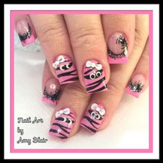 Halloween Nail Designs, Halloween Nail Art, Pink Halloween, Nail Polish Designs, Cute Nail Designs, Love Nails, Pretty Nails, Breast Cancer Nails, Aqua Nails