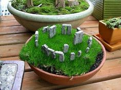 Mini dish garden - Stonehenge- I don't know how they did this, but it is cute!
