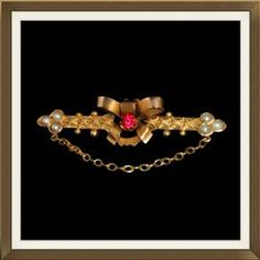 Beautiful Antique 9ct Gold Ruby Seed Pearl Brooch  £125