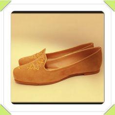 Slipper lindo e delicioso nos pés, não acham? http://koqu.in/10MBfq5 #koquini #sapatilhas #euquero #slipper