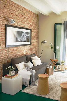50m2 in Barcelona(brick wall, living room)/50м2 из Барселоны