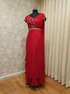 Indian Fashion Dresses, Indian Gowns Dresses, Indian Designer Outfits, Designer Dresses, Indian Outfits, Lehenga Designs, Saree Blouse Designs, Salwar Designs, Dress Designs