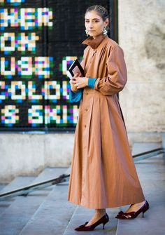 why-the-fashion-world-is-obsessed-with-jenny-walton-1655834-1455288283.640x0c