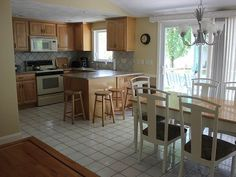Gainor Family Vacation Home: Sparkling Clean: Narragansett, RI. Bonnet Shore's ... | HomeAway