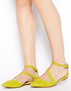 ALDO Flat Pointed Yellow Asymmetric Flat Shoes