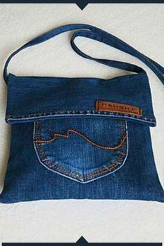 Diy Bags Jeans, Diy Old Jeans, Denim Tote Bags, Diy Tote Bag, Diy Jeans Bag Tutorial, Refaçonner Jean, Denim Bag Patterns, Denim Handbags, Denim Crafts
