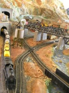 model-train-layout-crossover