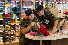 Knitting in Public Day by Sam the sham and the photos, via Flickr