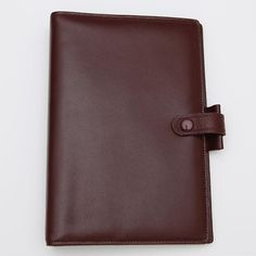 AVAILABLE Filofax Lincoln Calf Leather Burgundy Personal Organizer VINTAGE  Material: Calf leather Color: Burgundy Features:  On the left: 6 credit card pockets full-height pocket On the right: full-height pocket With a leather pen loop and leather strap with visible popper Dimensions: 135cm x 35cm x 188cm  Ring Size: 23mm Made in England  Taken only out of the box for personal display and storage was never used. Box is old and may have damage from storage. Please view my listing on eBay so…