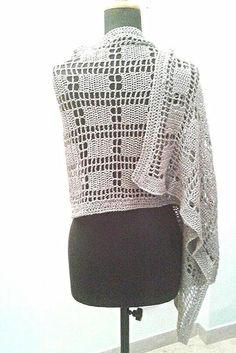 PATTERN: Silver stole metallic silver wrap by Thecatandtheyarn
