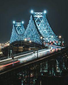 La imagen puede contener: puente, noche y exterior Old Montreal, Montreal Ville, Montreal Quebec, Quebec City, Jacques Cartier, Alberta Canada, Ottawa, Ontario, Vancouver