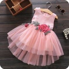 New Baby Girl Dresses Pink Ideas Baby Girl Frocks, Frocks For Girls, Kids Frocks, Dresses Kids Girl, Kids Outfits, Frocks For Babies, Fashion Kids, Baby Girl Fashion, Flower Girls