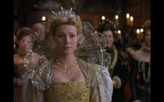 Big-ass collar for Elizabethan? :D