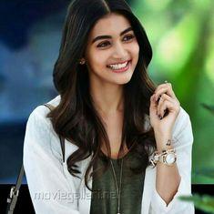 Most Beautiful Indian Actress, Beautiful Actresses, Girls Dpz, Boys Dpz, Stylish Girl Pic, Indian Celebrities, Indian Beauty Saree, South Indian Actress, Indian Girls