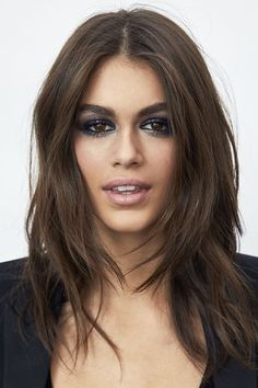 """Kaia Gerber Is The Face of YSL Beauty The model-daughter of Cindy Crawford is continuing her rise to supermodel status."""", """"pinner"""": {""""username"""": """"first_name"""": """"Inspiring Eve"""", """"domain_url"""": null, """"is_default_image"""": false, """"image_medium_url"""":. Kaia Gerber, Ysl Beaute, Beauty Regimen, Beauty Products, Oily Hair, Cindy Crawford, Ingrown Hair, Beauty Routines, Eyebrows"""