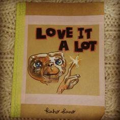 """""""E.T. のノートをつくったよ。 好きなこといっぱいかこ~♪"""""""
