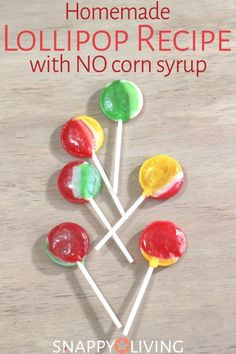 Lollipops are an easy treat to make at home, and when you make them yourself, you control the ingredients. Get a no corn syrup lollipop recipe along with several other lollipop recipes to choose from. Hard Candy Recipes, Fudge Recipes, Dessert Recipes, Picnic Recipes, Baking Desserts, Health Desserts, How To Make Lollipops, Homemade Lollipops, Recipe For Lollipops