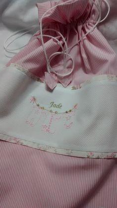 Embalagem para organizar as roupinhas do bebe. www.coresealgodao.com.br
