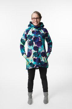 Ilmaiset kaavat | Jujuna Sewing Tutorials, Sewing Crafts, Sewing Patterns, Diy Crafts, Hoodies, Sweatshirts, High Neck Dress, Graphic Sweatshirt, Knitting