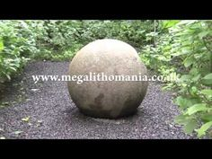 diymolds.com -Hollow Concrete Garden Sphere Ball Orb - YouTube
